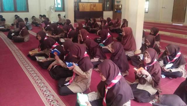 Ekstrakurikuler Tahfizh Al-Qur'an